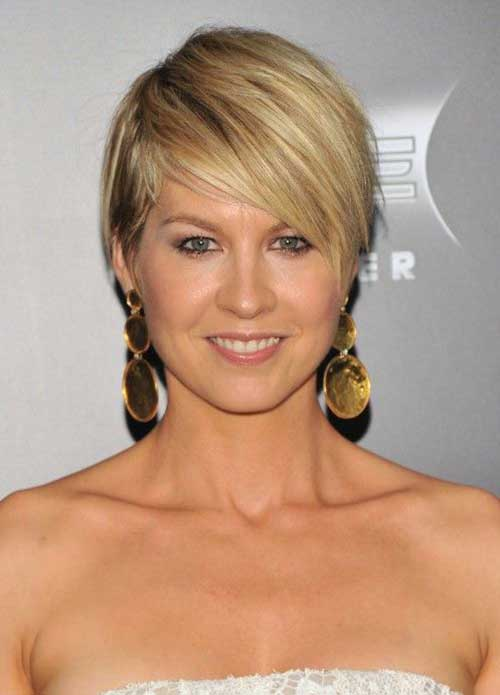 Cute Short Layered Hair-18