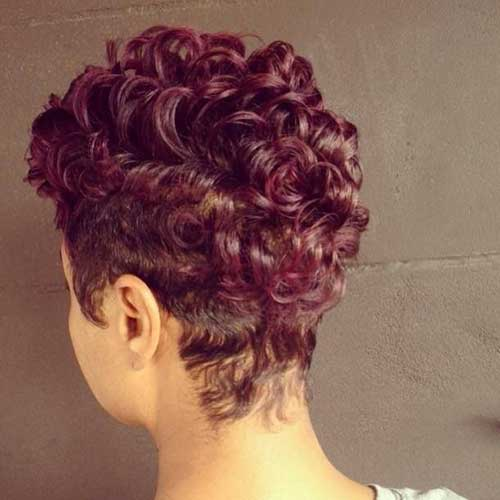 Hairstyles for Short Curly Hair-30