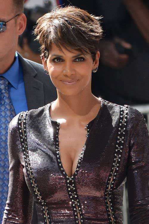 Halle Berry Short Haircuts-6