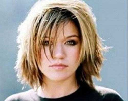Short Layered Haircuts for Round Faces-6