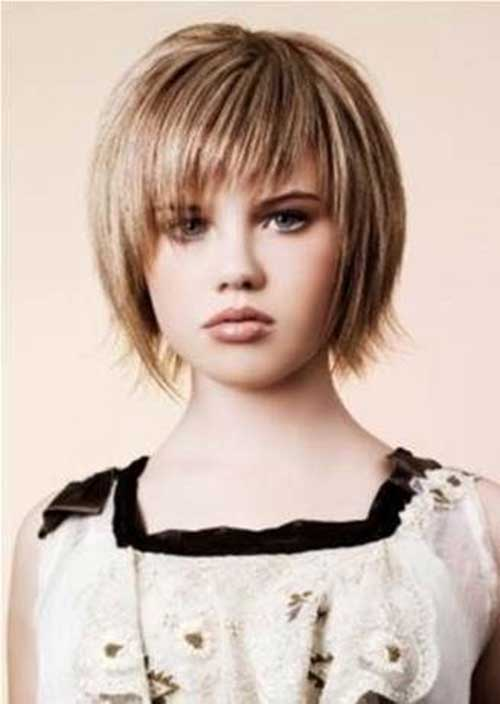 Short Layered Haircuts for Round Faces-7