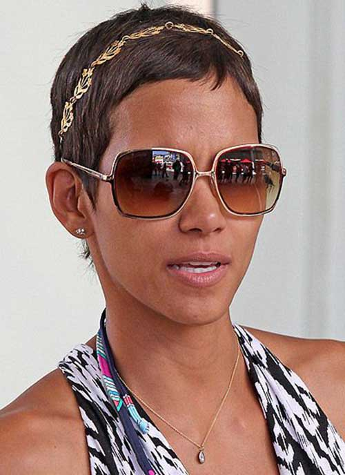 Halle Berry Short Haircuts-9