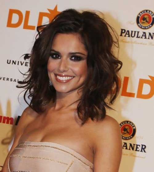 Medium Short Hairstyles for Wavy Hair