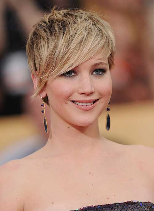 Jennifer Lawrence Pixie Cuts for Round Faces