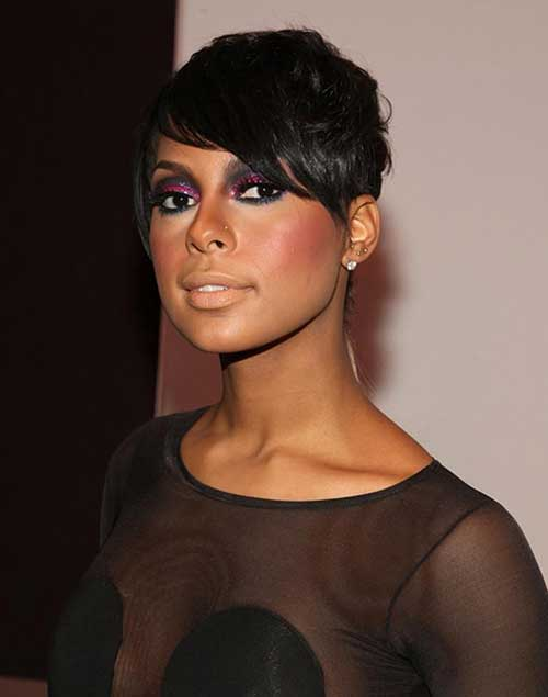 Pixie Hairstyles with Side Bangs for Black Women