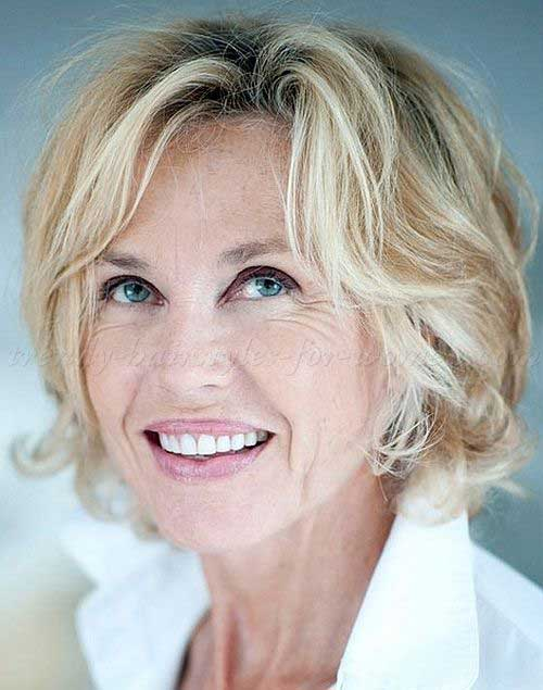 Wavy Short Hair for Over 60