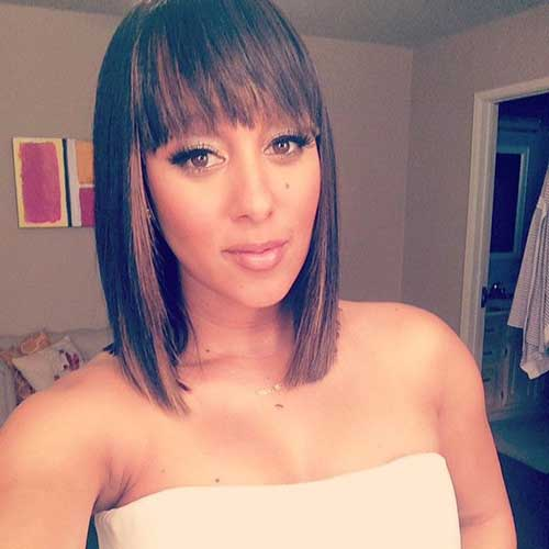 Straight Short Hairstyles for Black Women with Bangs