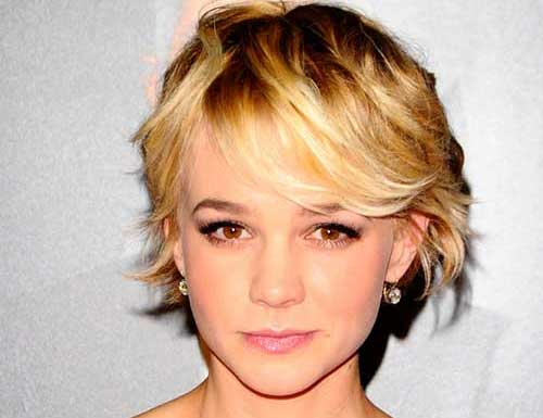 15 Short Hairstyles For Thin Wavy Hair
