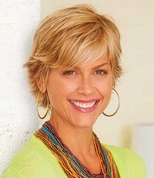 Short Hair Cuts For Women Over 40-13