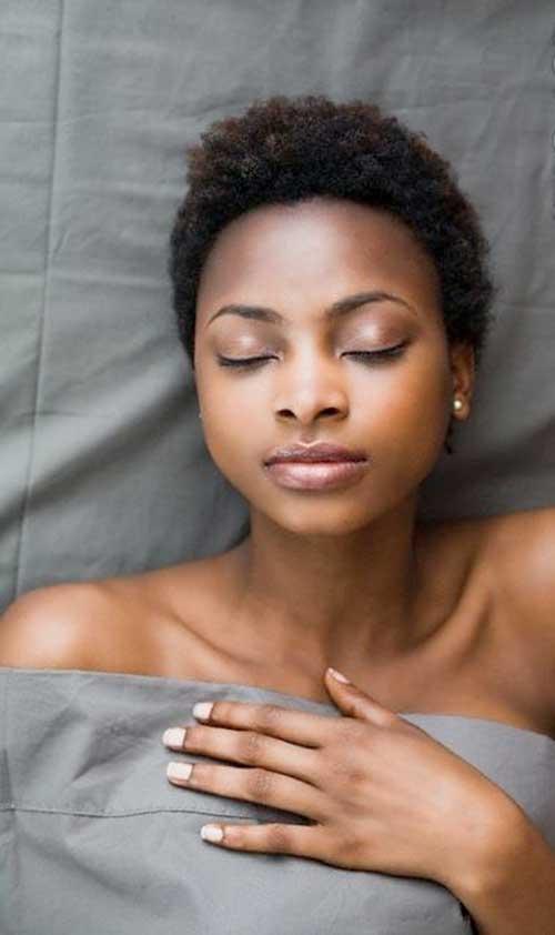 Short Curly Hair for Black Women-15
