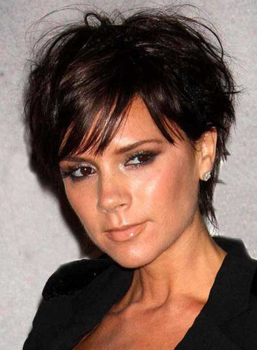 Short Hair Cuts Women-15