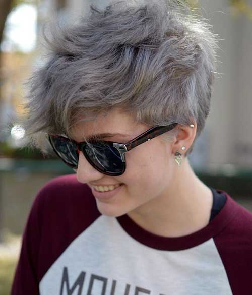 Short Hair Cuts Women-16