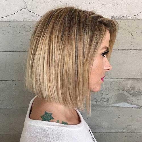 17.Hair Color for Short Hair