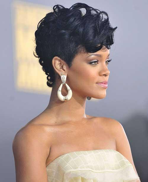 Rihanna Pixie Cuts-17