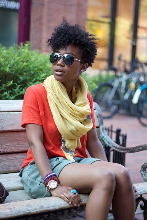 17.Short Curly Hairstyle for Black Women