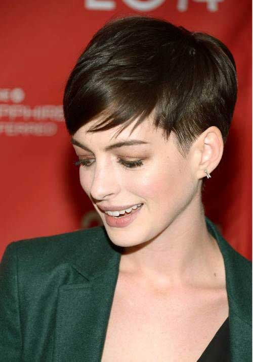 18.Celebrities with Short Hair 2016