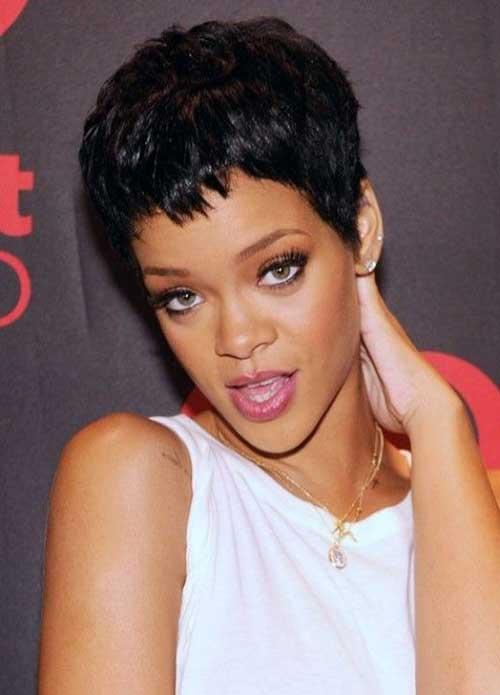 Rihanna Pixie Cuts-18