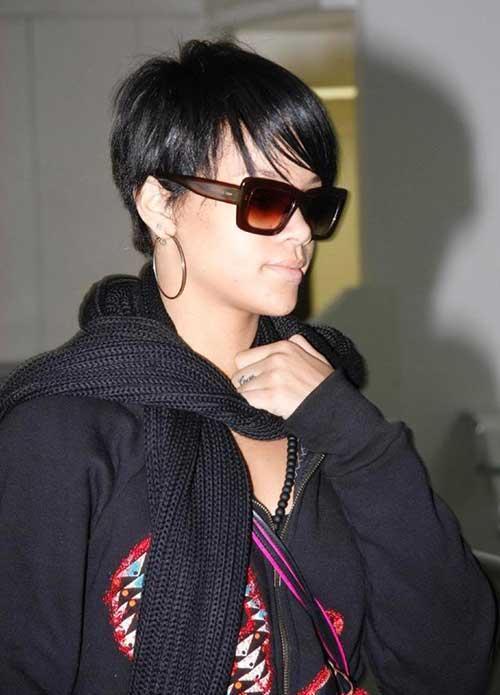 Rihanna Pixie Cuts-19