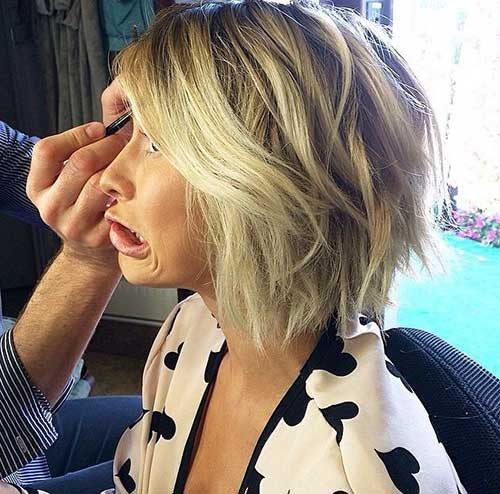 Short Hair Cuts Women-20