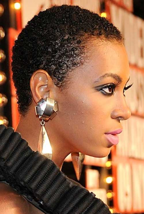 20.Very Short Hairstyle for Black Women
