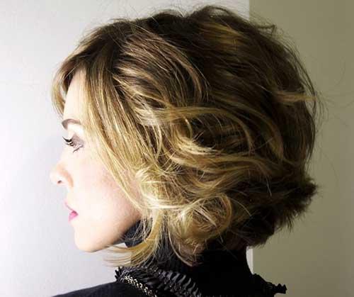 22.Short Haircut for Curly Hair