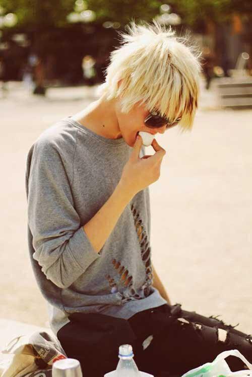 Blonde Short Haircuts-29