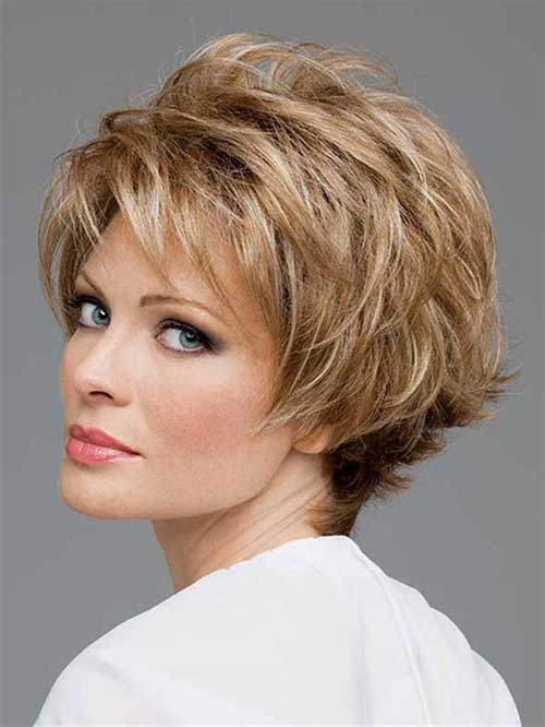 Short Haircuts For Over 40