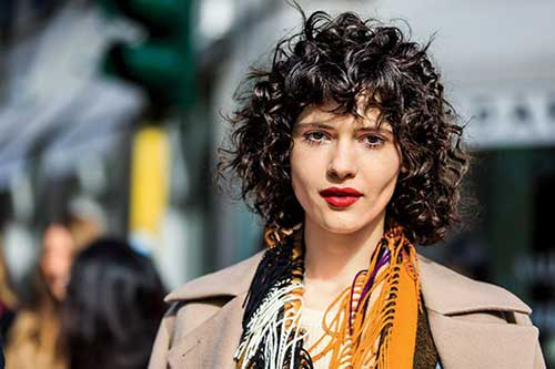 Short Hairstyle for Curly Hair