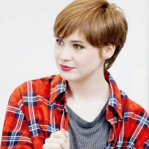 Celebrity with Short Hair-10