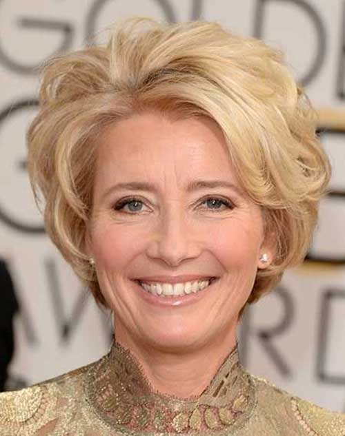 Short Haircuts for Women Over 50-10