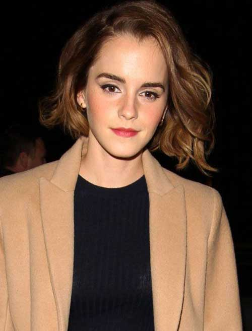 11.Celebrities with Short Hairstyle