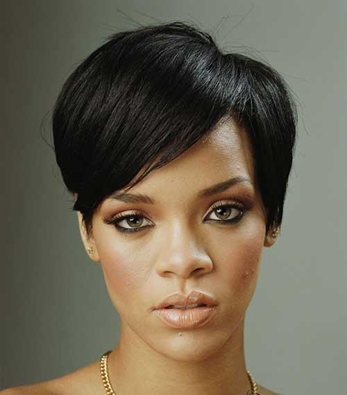 Rihanna Pixie Haircuts-11