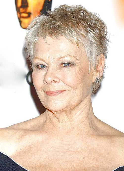 Short Haircuts for Women Over 50-12