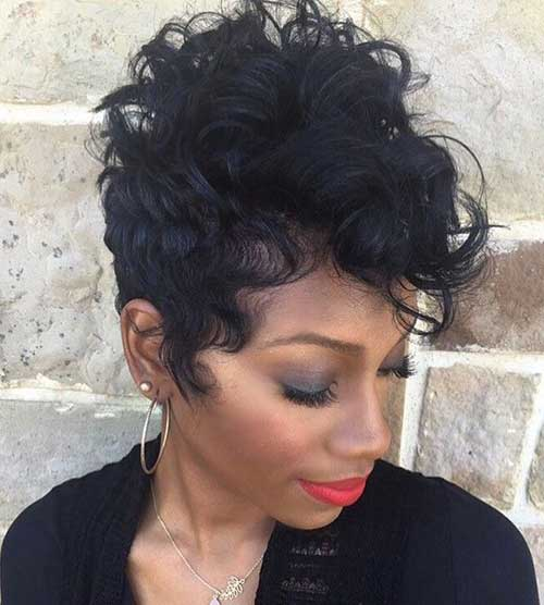 13.Pixie Hairstyle for Black Women
