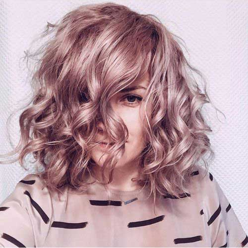 13.Short Curly Hairstyle