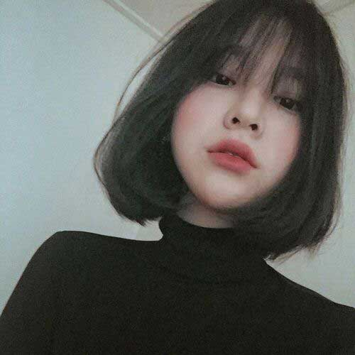 13.Short Haircut with Bangs