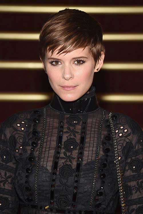 Celebrity with Short Hair-14