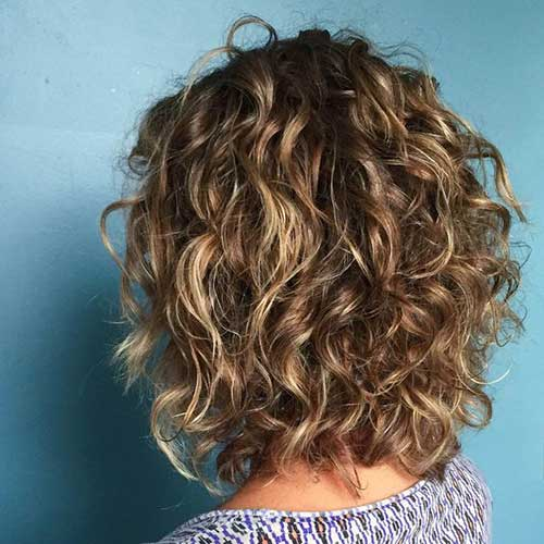 14.Short Curly Hairstyle