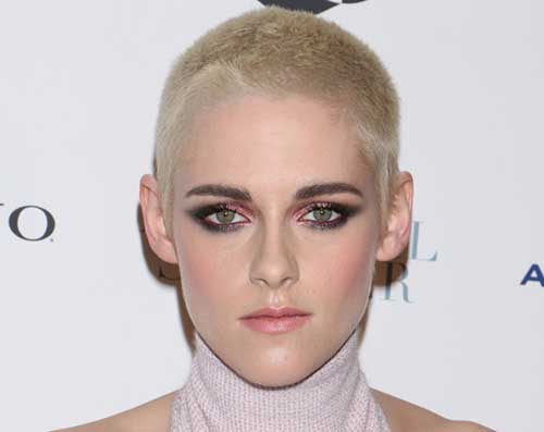 15.Celebrities with Short Hairstyle