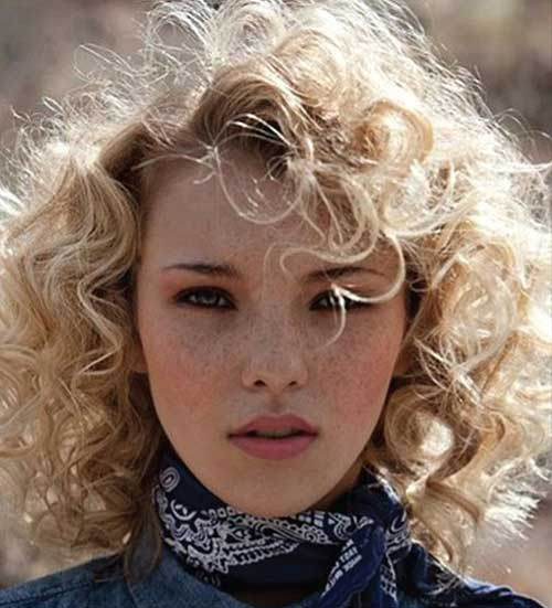 15.Curly Hairstyle with Bangs