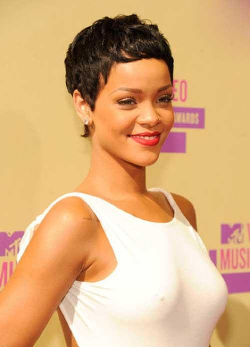 Rihanna Pixie Haircuts-15
