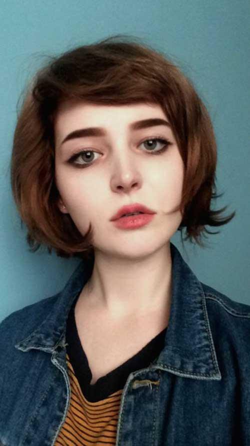 Short Haircuts with Bangs-15