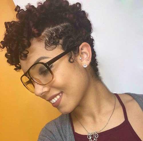 19.Short Haircut for Naturally Curly Hair
