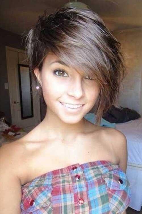 20.Short Hair Style for Girls