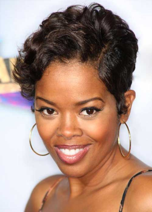 Pixie Hairstyles for Black Women-21