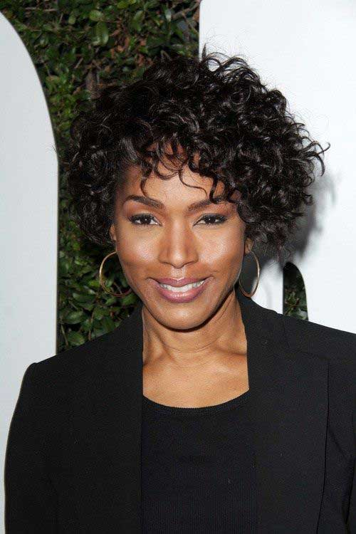 23.Short Curly Hairstyle for Black Women