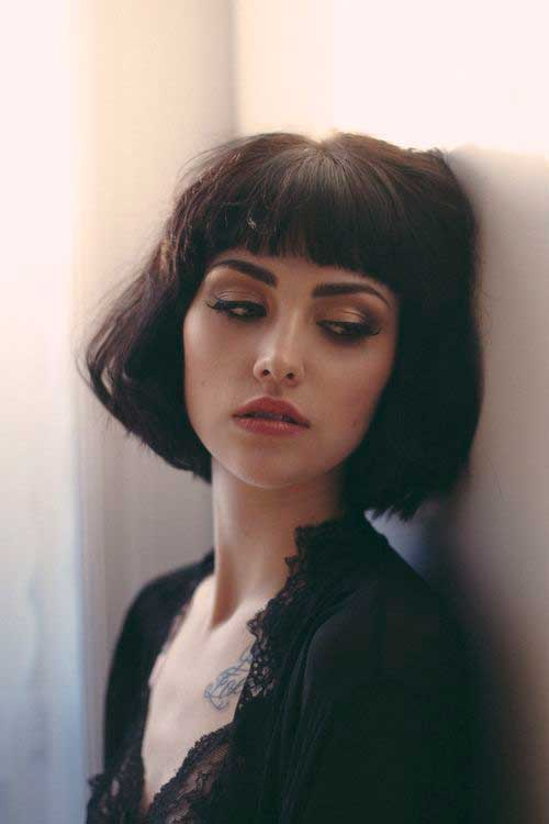 Short Hair Styles for Girls-24