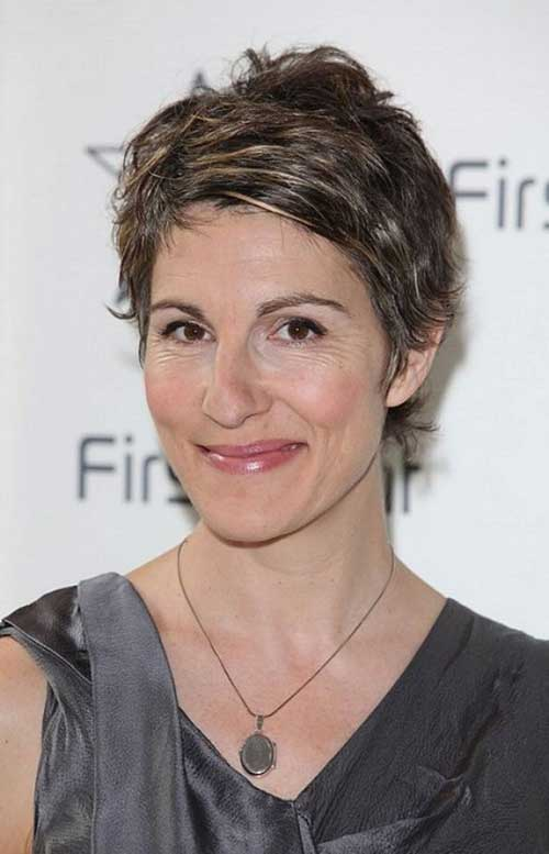 Short Hairstyles for Older Women-7