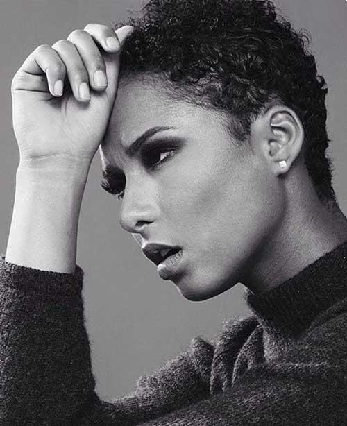 Short Curly Hair Styles for Black Women