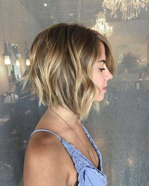 Short Hair Cuts for Wavy Hair